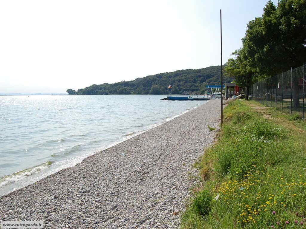 Padenghe del Garda BS spiaggia Casina  tuttogardait