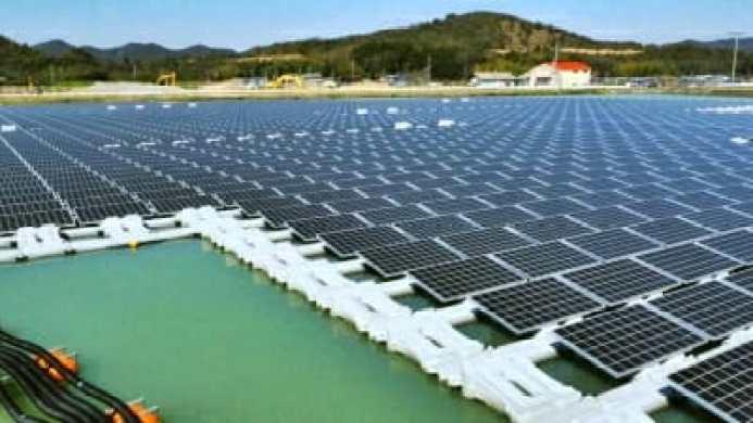impianto solare fotovoltaico galleggiante