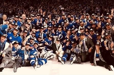 Qui NHL: bis dei Tampa Bay Lightning che rialzano la Stanley Cup