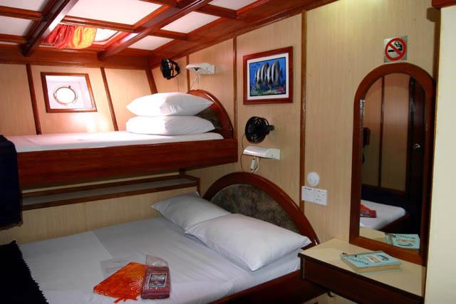 Foto  Photo  racconto viaggio isole Maldive novembredicembre 2003 Crociera Safari Maavahi boat con Albatros Top Boat By ClaudiaDario di www