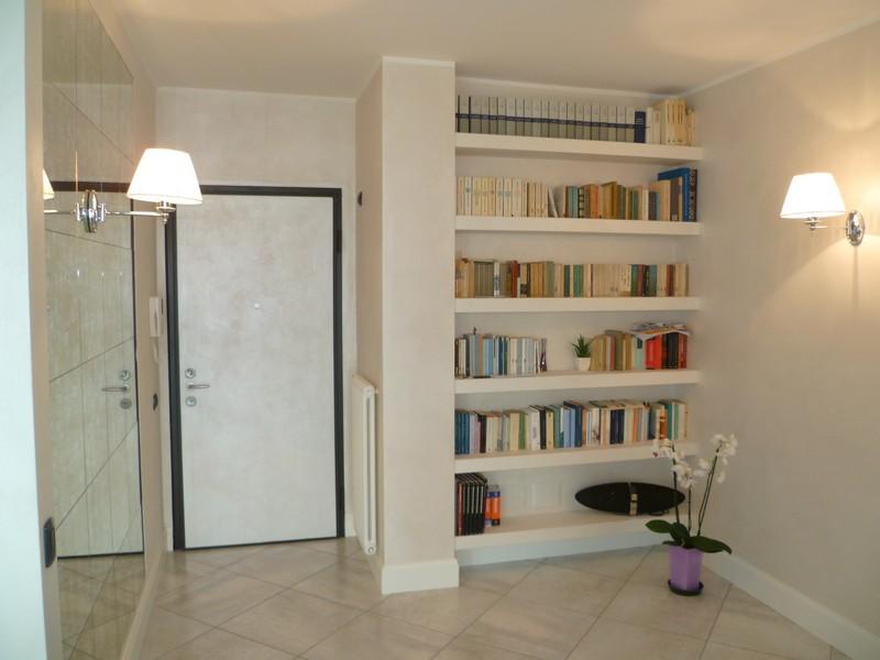 Come ricavare una libreria in una nicchia  Tutto per Lei