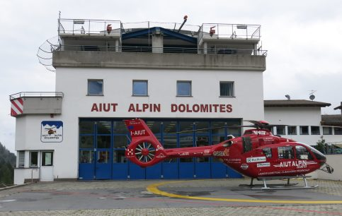 La base dell'Aiut Alpin Dolomites