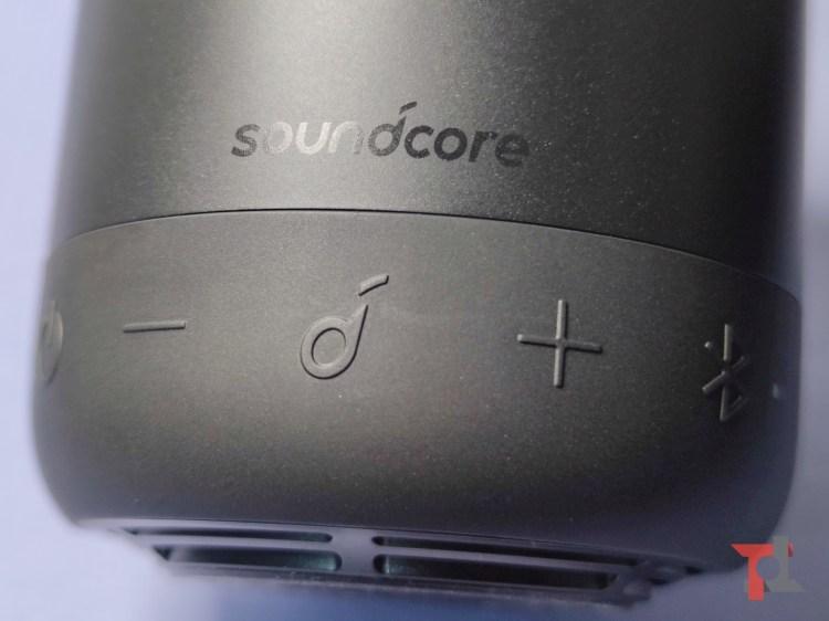 Recensione Soundcore Mini 3, piccolo speaker tuttofare che non teme l'acqua 1