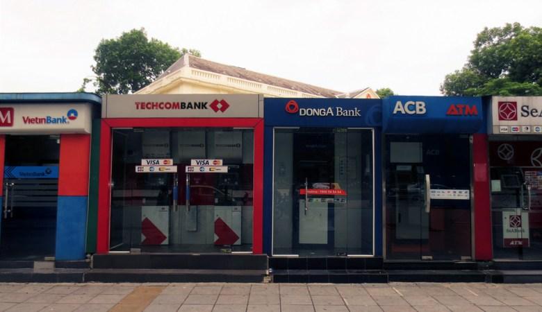 ATM per prelevare denaro ATM in Vietnam