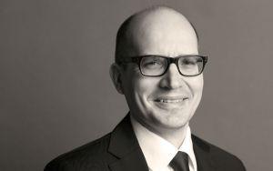 Pääekonomisti Timo Hirvoselle voitto kansainvälisessä kilpailussa – yksi parhaista talousennustajista