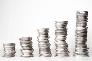 Tulevaisuuden turvaa kestävin säästöin ja sijoituksin