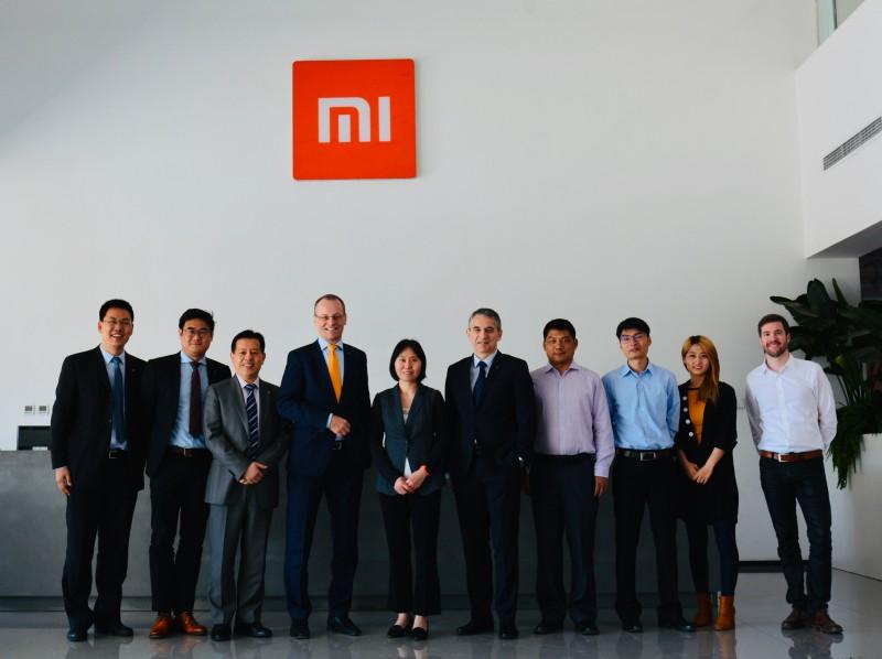 TÜV Rheinland Group CEO Dr. Michael Fübi and Other Executives Pay Visit to Xiaomi Ecosystem | cn | TÜV Rheinland
