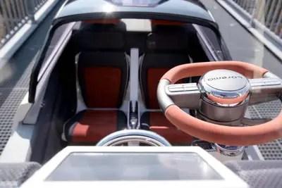 auto sportiva futura a basse emissioni verdi