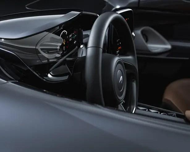ماكلارين إيلفا رودستر - سيارة ذات مقعدين مكشوفة
