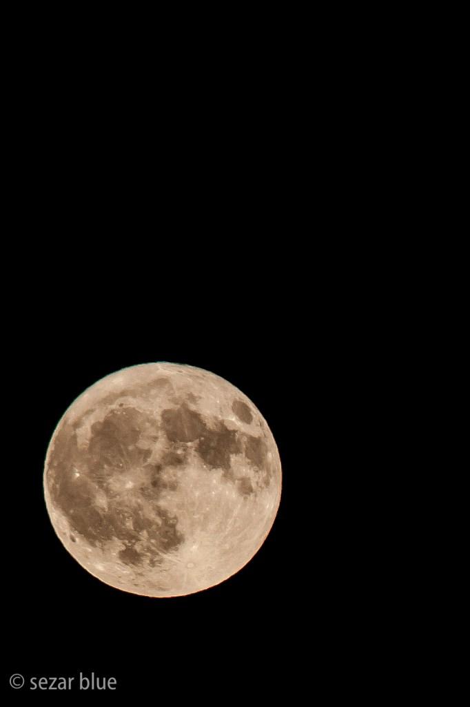 fotografia de la luna en alta resolución