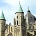 Maastricht, dak van kerk met wegwijzer