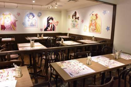 Inside the Sailor Moon Cafe (2)