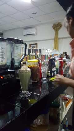 cafe-genesis-02