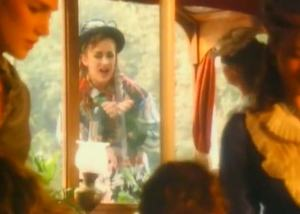 Culture Club - Karma Chameleon - Official Music Video