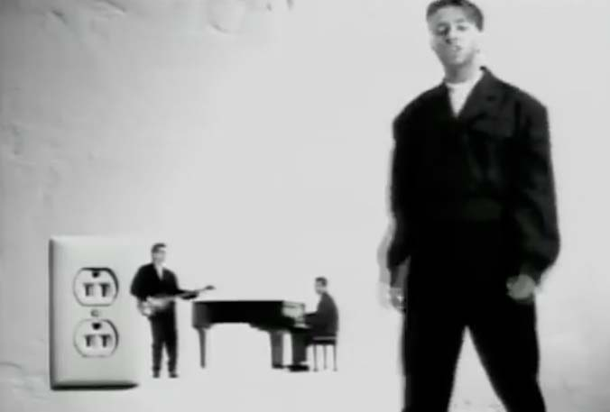 Johnny Hates Jazz - Shattered Dreams - Official Music Video