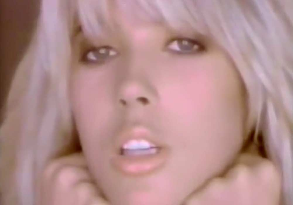 Mandy Smith - Positive Reaction - Official Music Video