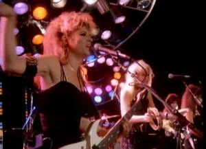 The Bangles - Walk Like an Egyptian - Official Music Video.