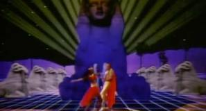 Earth, Wind & Fire - Fall In Love With Me - Official Music Video