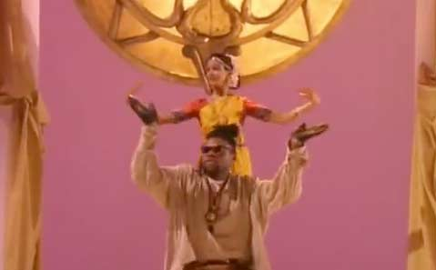 Soul II Soul - Keep On Movin' - Official Music Video