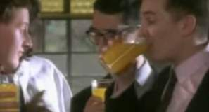 The Housemartins - Happy Hour - Official Music Video