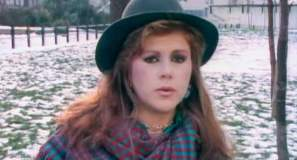 Kirsty MacColl A New England Official Music Video