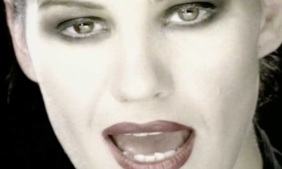Shakespear's Sister - You're History - Official Music Video