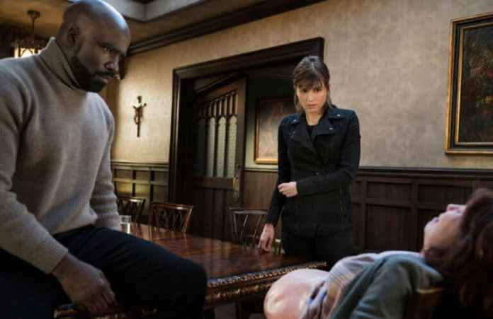 Aasif Mandvi as Ben Shakir, Katja Herbers as Kristen Bouchard and Mike Colter as David Acosta in 'Evil' season 1 episode 13 (Photo: Elizabeth Fisher © 2019 CBS Broadcasting, Inc)