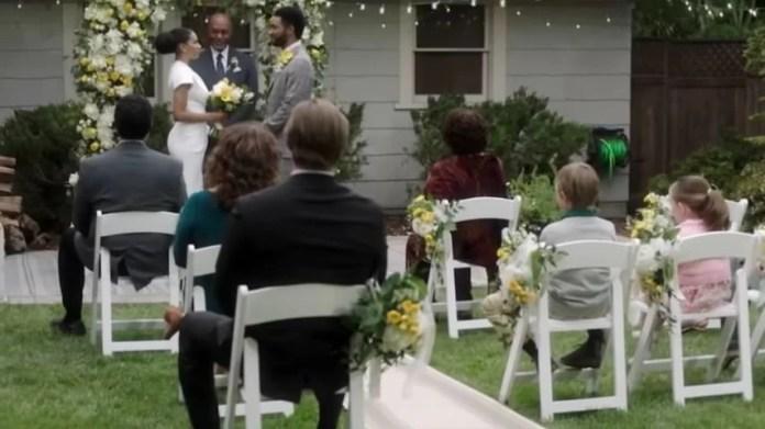 Greys Anatomy Season 17 (Season Finale) Episode 17 Someone Saved My Life Tonight