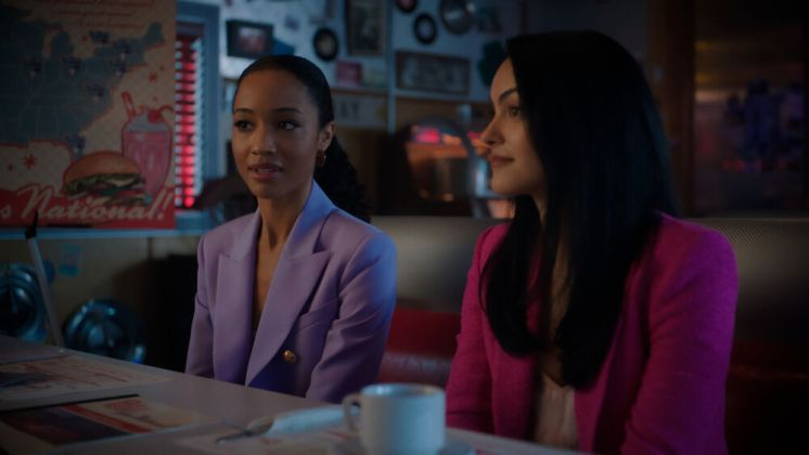 Riverdale-5x15-The-Return-of-the-Pussycats-12-Tabitha-Veronica