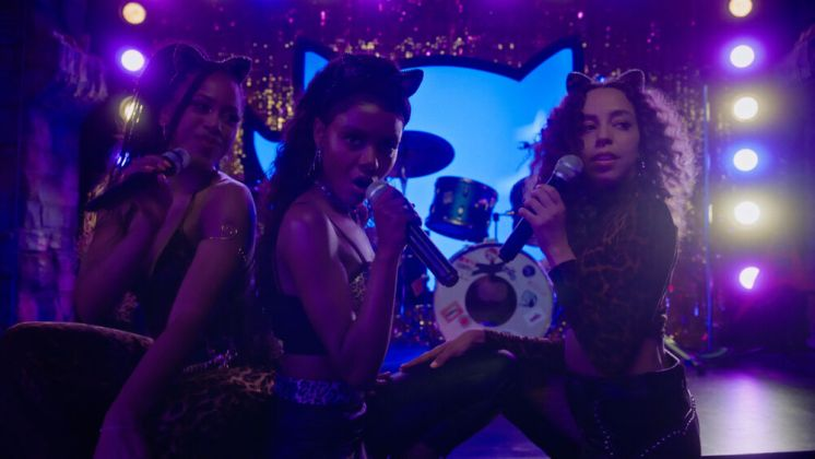 Riverdale Season 5 Episode 15 -The-Return-of-the-Pussycats-08-Melody-Josie-Valerie