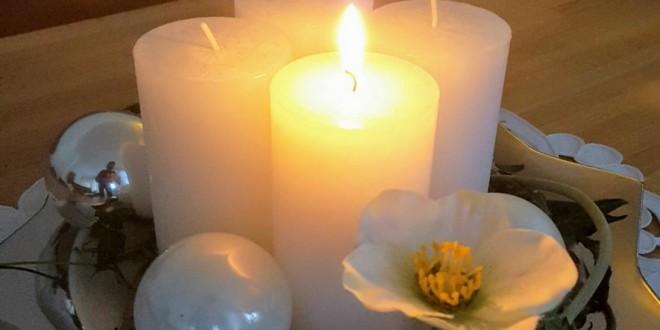 POČETAK ADVENTA: Evo zašto danas palimo prvu svijeću na adventskom vijencu