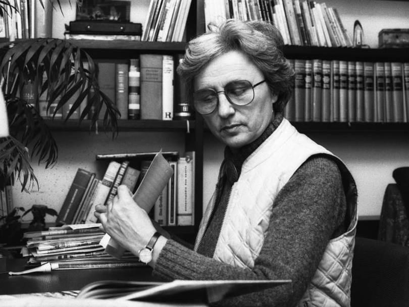 U 93. godini preminula legendarna atletičarka i sportska komentatorica Milka Babović