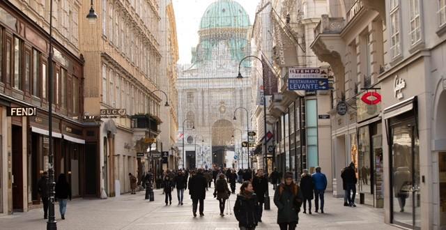 DOSADILA IM OGRANIČENJA: Austrijanci najnediscipliraniji u trećem lockdawnu, samo 27 posto smanjilo kretanje