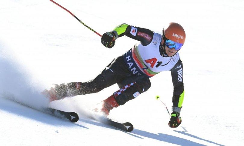 Filip Zubčić s velikim zaostatkom za vodećim Pinturaultom, Austrijanac ga potisnuo na treće mjesto; Odermatt je daleko iza našeg skijaša