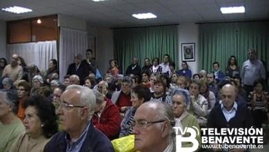 Photo of UN CENTENAR DE FIELES BENAVENTANOS ASISTEN A LA PRIMERA LECCIÓN DE TEOLOGÍA