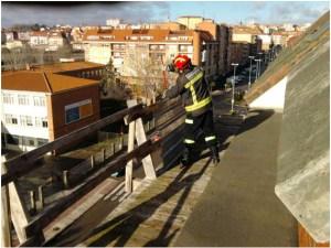 20140205 bomberos  edificio frente institutos