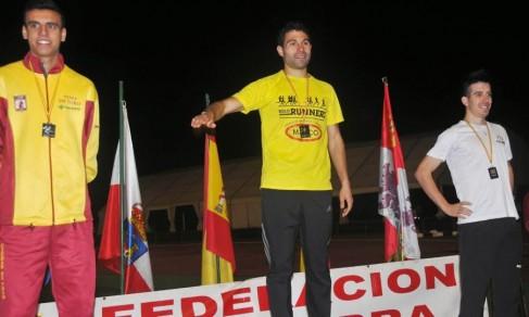 28-3 Podium de Castilla y Le+¦n 10000 2