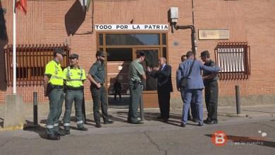 Photo of El subdelegado del Gobierno ha visitado hoy las instalaciones del cuartel de la guardia civil de Benavente