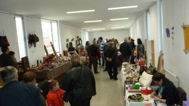 Photo of Varios artesanos se reunieron el pasado domingo en la X galería de artesanía y oficios de Camarzana de Tera