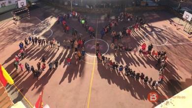 Photo of Los Colegios CEIP Las Eras y Virgen de la Vega se suman al día de la paz