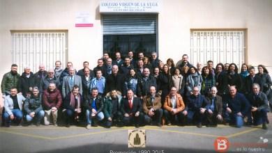 Photo of Medio centenar de ex alumnos del colegio Virgen de la Vega se reencuentran para celebrar el 25 aniversario