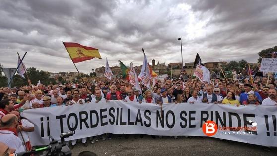 tordesillas-canto-himno-u101082391031uh-560x315abc