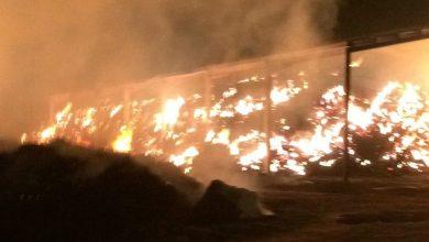 Photo of Incendio en Fuentes de Ropel donde ha ardido una nave de paja