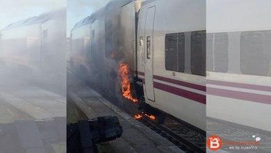 Photo of Un incendio en un Alvia obliga a desalojar a los pasajeros en Puebla de Sanabria