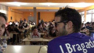Photo of Iván Bragado transmite su experiencia a los alumnos del IES León Felipe
