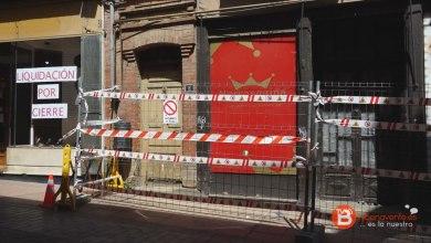 Photo of Instalado el vallado de la vivienda en ruinas de la Calle La Rúa
