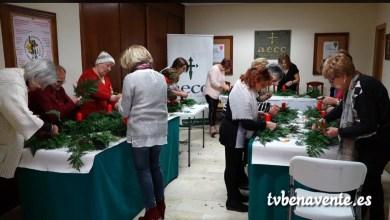 Photo of Taller de centros navideños organizado por la AECC de Benavente