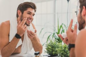 Maquiagem masculina para o dia a dia com Luhdo Estilo Bifásico