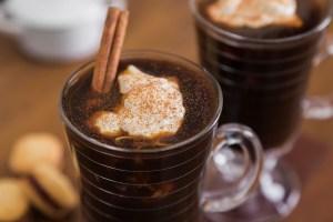 Café com especiarias da chef Cinthya Maggi
