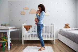 O recém-nascido já está em casa, e agora? por Zioneth Garcia